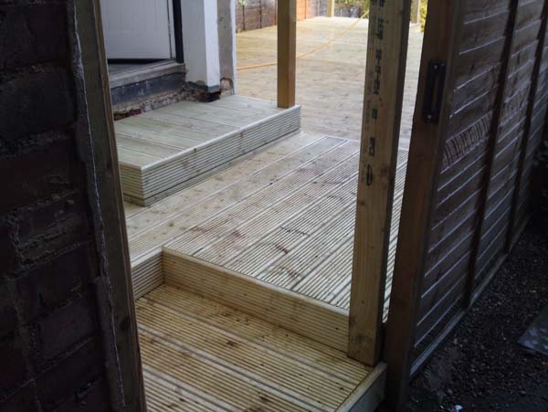 Decking-in-St-Albans-3